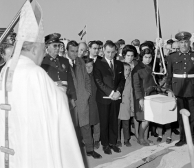 """Placing the First Stone for the building of new accommodations for Spanish migrants of the cooperatives """"Nuestra Señora de las Mercedes"""" y """"La Giralda"""".1968 Archive Serrano"""