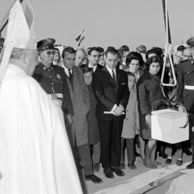 "Placing the First Stone for the building of new accommodations for Spanish migrants of the cooperatives ""Nuestra Señora de las Mercedes"" y ""La Giralda"".1968 Archive Serrano"