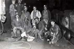 Group of Italian miners.France, Moselle, 50's.