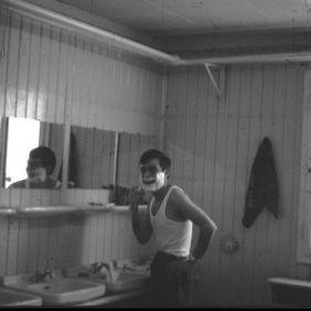 Berliner Brucke, toilets shack