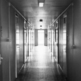 Berliner Brucke hallway