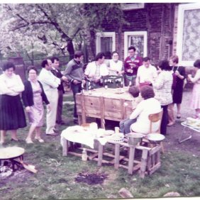 Party in the countryside with Manuel Mesa Lopez's family and friends