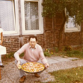 Manuel Mesa Lopez with a paella during a week-end in the countryside. Germany.