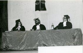 """The acting company """"La Barraca"""" (the shack) of Federico Garcia Lorca club performing the play """"La Estanquera de Vallegas"""" (The tobacco's factory of Vallegas). 1970-1975"""