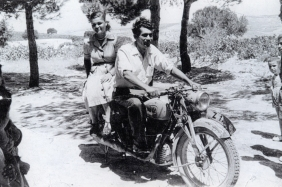 Aphrodite's father, with one of his aunts (1940)