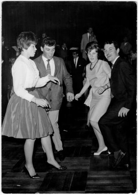 Renzo Zavagni and Velia Zavagni dancing to House of Italy. Zurich 1962