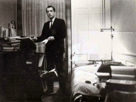 Leonardo Zanier in his apartment in Zurich.1960