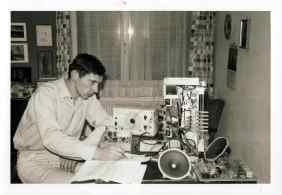 Ennio Carint at his home in Wohlen (Switzerland) while practicing for a private course of radio equipment. 1962