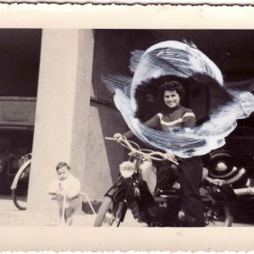 Adalgisa in Ganzitti Savio, with Lidia Ganzitti, a niece.Souffelweyersheim 1952-1953