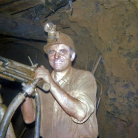 Portrait of Nicesio Fantini to work in the mines. Galles, Llanharry 1968