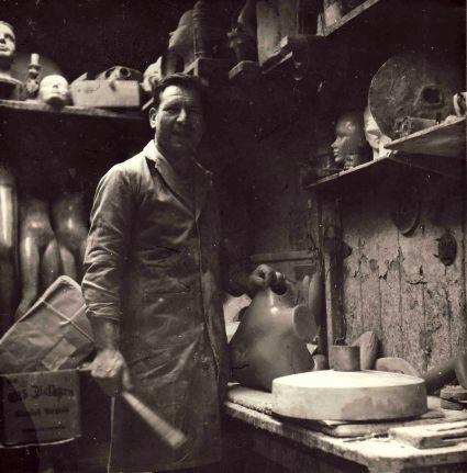 John ( Girolami at work. London 1950