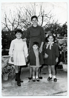 Eleonora Marrone. Together with Mom and my sisters in Catania – photographed so that Dad in Germany could see how we were growing up